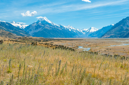 mackenzie: Mackenzie country and Mount Cook, South Island, New Zealand