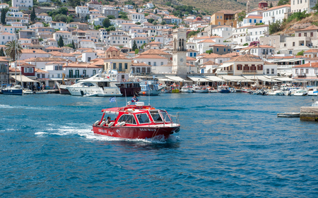 ヒドラ、ギリシャ - 2009 年 5 月 30 日: ヒドラはエーゲ海のギリシャの島をサロニコス諸島に属する。 自動車が島で許可されておらず、ロバが主な交