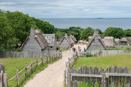 Plymouth, MA, USA - June 20, 2009: Plimoth Plantation on June 20, 2010 in Plymouth. This is an open-air museum replicates the original settlement of the Pilgrims at Plymouth Colony, where according to myth the first thanksgiving may have held in 1621. 에디토리얼