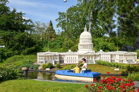 Billund, Denmark - June 7, 2019: Miniature of Capitol Hill at Legoland in Billund. This family theme park opened in 1968 and is built by 65 million lego bricks. Stockfoto - 126073605