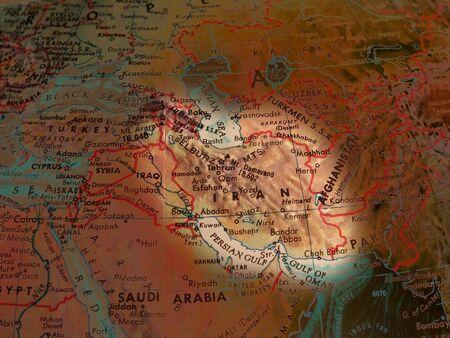 clandestine: Iran focused thru color and light