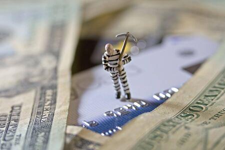 Criminal and cash credit photo