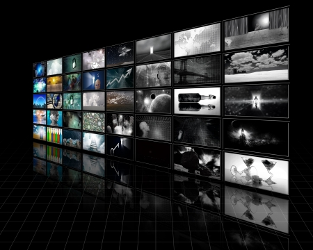 video cables: Color screens fade to black and white
