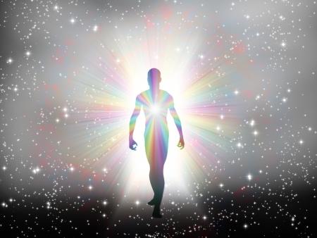 the end of a rainbow: Hombre en luz del arco iris y las estrellas