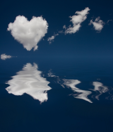 Heatr Cloud and reflection in water