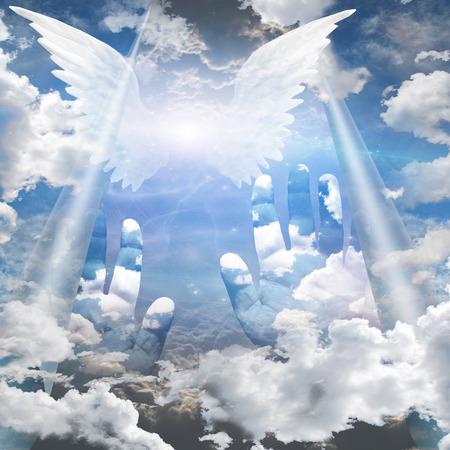天に向かって手に達する
