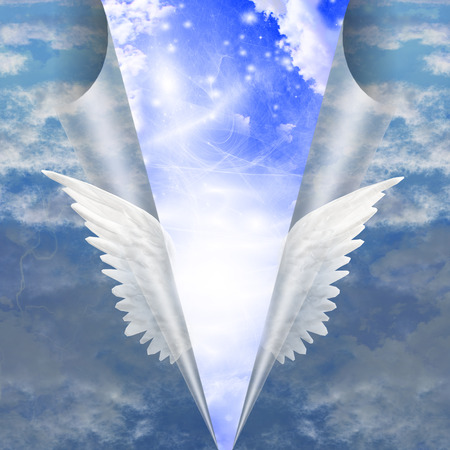 Engelenvleugels uit elkaar trekken naad van de stervelingen te werkingen openbaren