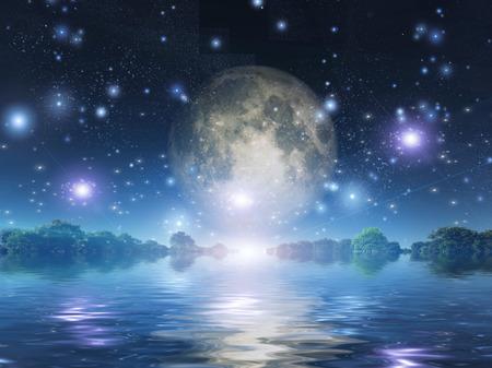 completo: Salida de la luna sobre el agua