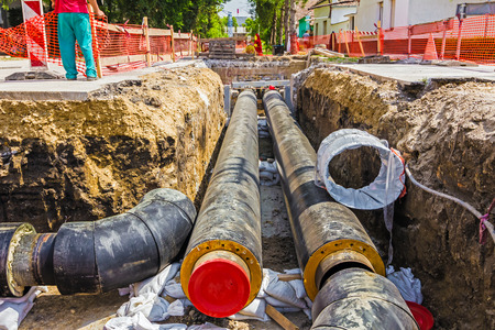 New pipeline in the process of building, under construction Standard-Bild