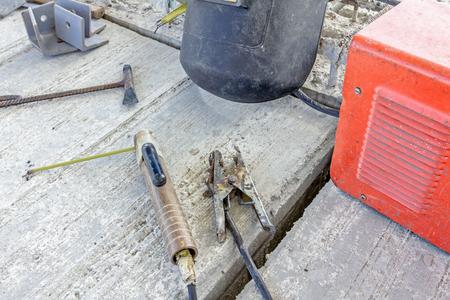 rigger: Inverter welding machine, welding equipment, welding mask, welding electrodes, high voltage wires with clips, set of accessories for arc welding.