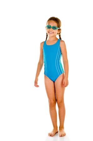 niños nadando: niña en traje de baño aislado en blanco
