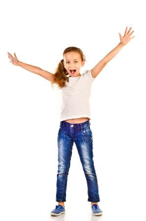 niñas pequeñas: ni?a aislado en un fondo blanco