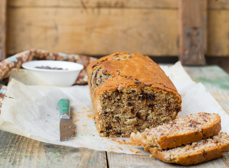 bread knife: banana bread with chocolate