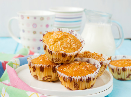 pina: Muffins Pina Colada with pineapple and coconut