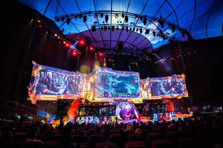 epicenter: MOSCOW, RUSSIA - MAY 13 2016: EPICENTER MOSCOW Dota 2 cybersport event. Alliance on the scene.