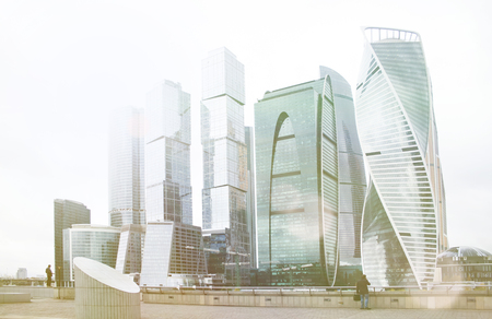 Gratte-ciel, immeuble, complexe ville moscou Technologie d'entreprise. Fond d'architecture Corporation ville moderne. Banque d'images - 91599606