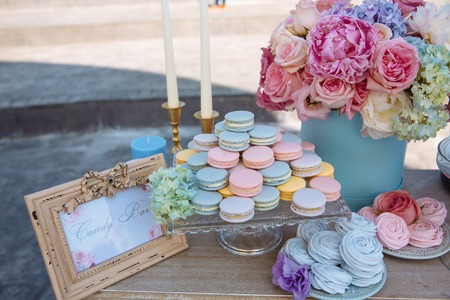 Candy bar. Table with sweets, candies desserts Archivio Fotografico