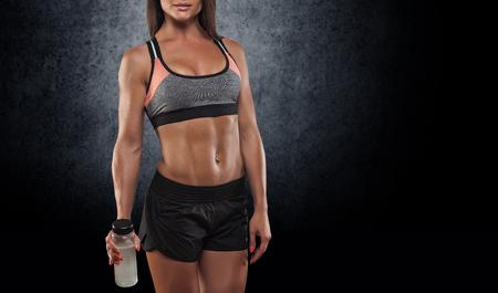 Nahaufnahme Foto von einem Fitness-Modell Körper Standard-Bild