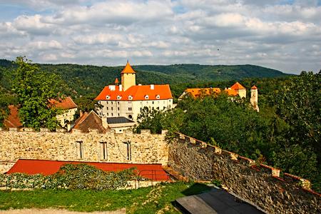 cz: Burg Veveri