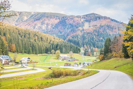 Lackenhof with the massif mountain ?tscher in autumn, Mostviertel, Lower Austria, Austria 版權商用圖片