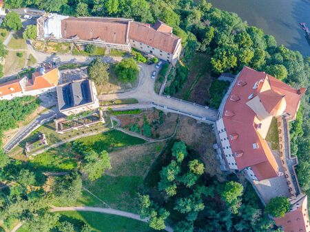 The castle Veveri in Brno Bystrc from above, Czech Republic Standard-Bild - 138746280