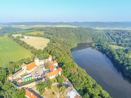 The castle Veveri in Brno Bystrc from above, Czech Republic Standard-Bild - 138746285