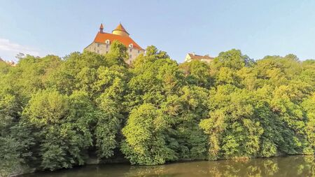 The castle Veveri in Brno Bystrc from above, Czech Republic Standard-Bild - 138746240