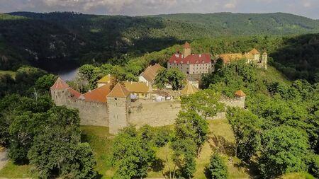 The castle Veveri in Brno Bystrc from above, Czech Republic Standard-Bild - 138746256
