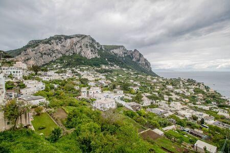 The famous Piazzetta in the center of Capri, Italy Standard-Bild - 128839415