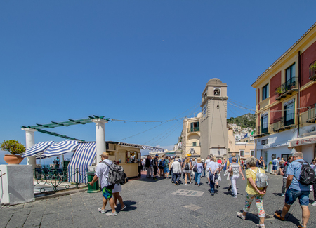The famous Piazzetta in the center of Capri, Italy Redactioneel