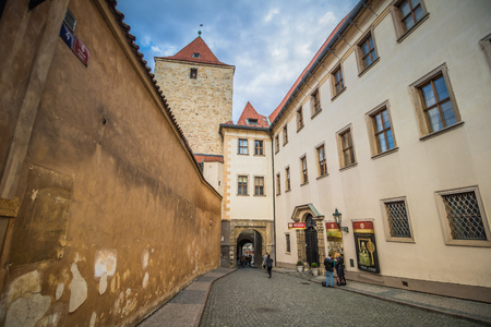 The third castle courtyard of Prague Castle at summer in Prague, Czech Republic Imagens - 133425960