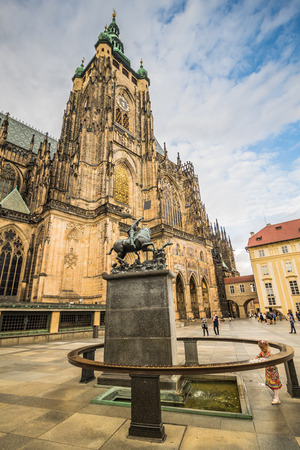The third castle courtyard of Prague Castle at summer in Prague, Czech Republic Imagens - 133425975