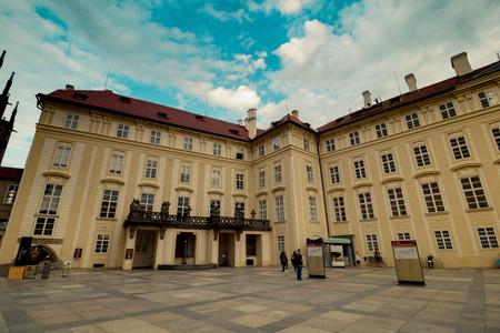 The third castle courtyard of Prague Castle at summer in Prague, Czech Republic Redactioneel