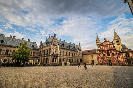 The third castle courtyard of Prague Castle at summer in Prague, Czech Republic Imagens - 133425980