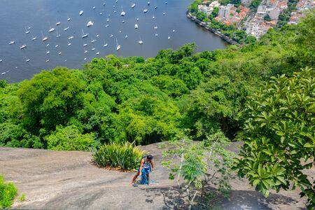 Sugar Loaf Mountain in Summer, Rio de Janeiro, Brazil Standard-Bild - 144797649
