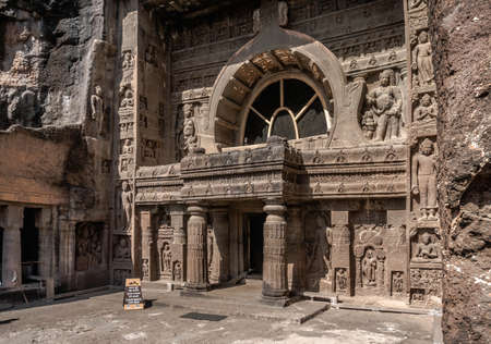 Ajanta Cave Temples in the Granite Mountains of Vindhya, India Imagens