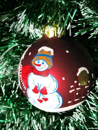 christmastree: christmas-tree ball with snowman
