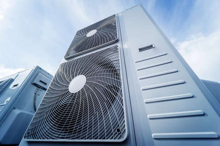 Air conditioners on the roof of an industrial building. HVAC 版權商用圖片