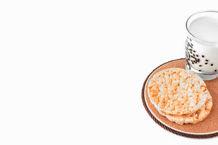 cornbread and a glass of milk. isolate on a white background. healthy food. High quality photo 版權商用圖片