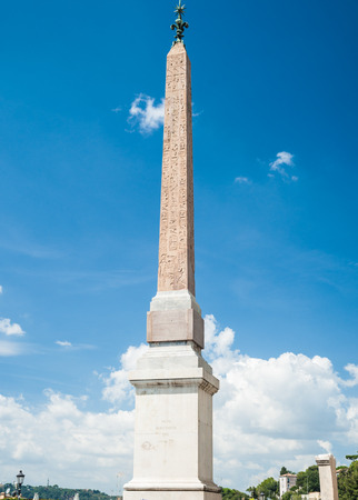 trinita: Obelisco Sallustiano. The obelisk crowns the world famous Spanish Steps in front of the church Trinita dei Monti. Stock Photo