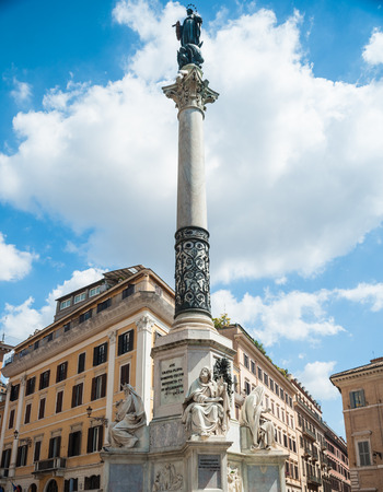 Spagna: Piazza di Spagna with Column of the Immaculate Conception in Rome Stock Photo