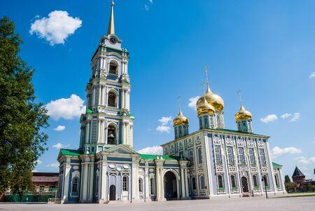 arrepentimiento: Kremlin en Tula - una ciudad antigua, cerca de Moscú, Rusia. Imagen de viajes en Rusia. edificios históricos, antecedentes de viajes de Rusia.