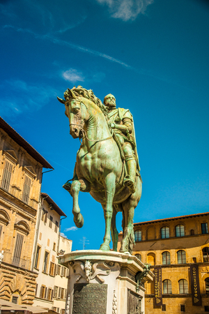 medici: Equestrian statue of Cosimo de Medici in Florence, Italy.