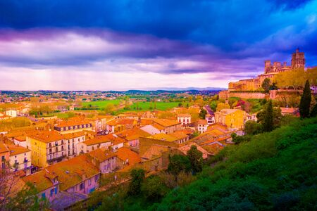 Beautiful view on Bezier town at sunset. Architecture, parks and St. Nazaire Cathedral in Beziers, France Foto de archivo