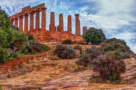 Temple of Juno - ancient Greek landmark in the Valle dei Templi outside Agrigento, Sicily Reklamní fotografie