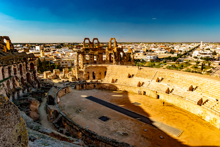 The Roman amphitheater of Thysdrus in El Djem or El-Jem, a town in Mahdia governorate of Tunisia. One of the main attraction in Tunisia and Northern Africa. Reklamní fotografie