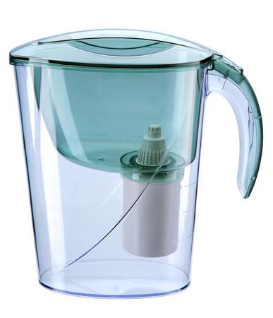 filtración: Jarra de filtración de agua turquesa con filtro - purificador de agua doméstica