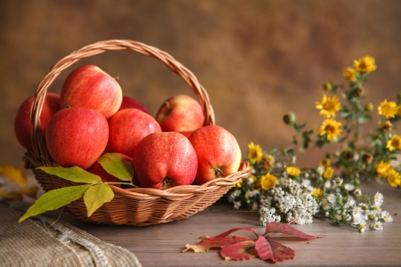 beauteous: Apple basket - studio photography of wicker basket with red ripe apples Stock Photo