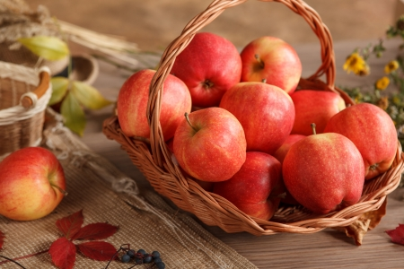 beauteous: Ripe red apples  8206; - HQ photo of ripe apples in basket at the table Stock Photo