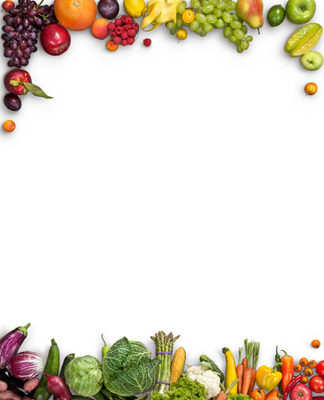 Gezond voedsel achtergrond - studio fotografie van verschillende vruchten en groenten op witte achtergrond